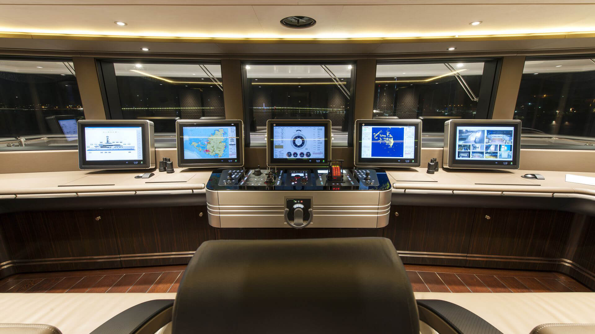 bsw yachteinrichter with yacht interior for high quality control center on luxury motor yacht.